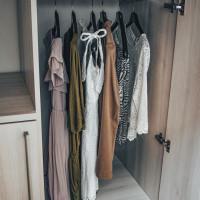 Jak si zorganizovat šatník podle Marie Kondo