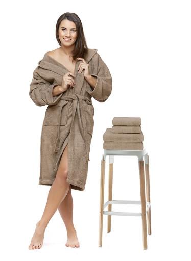 Sada 18 Castagna župan s výšivkou + osuška + ručníky