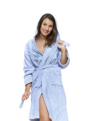 Sada 06 Azzuro Cielo župan s výšivkou + osuška + ručníky